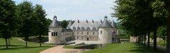 Autocars_Morey_Voyages-Chateau_de_Bussy-Rabutin.jpg