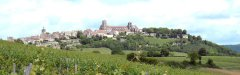 Autocars_Morey_Voyages-La_Coline_Eternelle-Vezelay.jpg